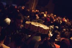 Bandeja de la cerveza imagen de archivo libre de regalías
