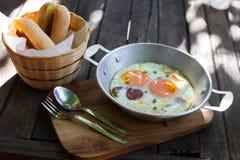 Bandeja de pão do ovo com Vietname Imagem de Stock Royalty Free