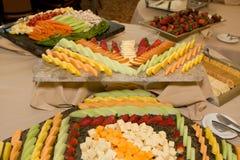 Bandeja de queso de la fruta Fotos de archivo libres de regalías