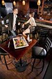 Bandeja de sushi na tabela no restaurante japonês Imagens de Stock Royalty Free
