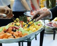 Bandeja do bufete da fruta Imagem de Stock