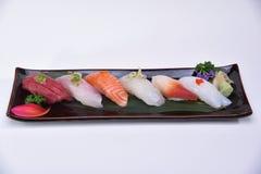 Bandeja do nigiri do sushi no fundo branco Foto de Stock Royalty Free
