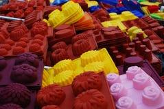 Bandejas de cozimento do silicone fotografia de stock