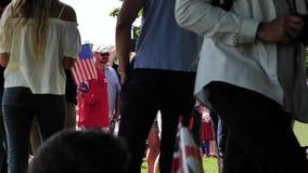 Bandera americana de los E.E.U.U. que agita en la boda real
