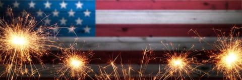 Bandera americana de madera del vintage foto de archivo libre de regalías