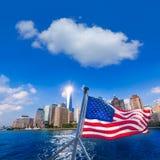 Bandera americana de Nueva York del horizonte de Manhattan Foto de archivo libre de regalías