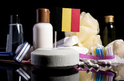 Bandera belga en el jabón con todos los productos para la gente Imagenes de archivo