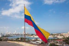 Bandera colombiana en San Felipe Castle Imagen de archivo libre de regalías