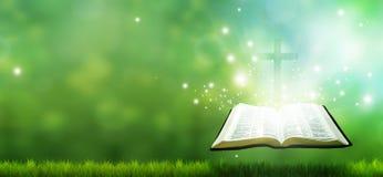 Bandera cristiana con la biblia y la cruz Imágenes de archivo libres de regalías