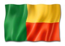 Bandera de Benin aislada en blanco
