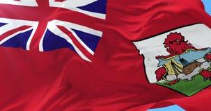 Bandera de Bermudas que agita en el viento en lento con el cielo azul, lazo