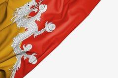 Bandera de Bhut?n de la tela con el copyspace para su texto en el fondo blanco libre illustration