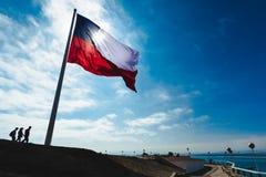 Bandera de Chile en el Morro de Arica foto de archivo