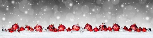Bandera de la Navidad - esferas rojas Imágenes de archivo libres de regalías