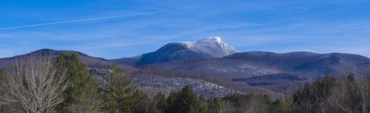 Bandera de montañas en invierno Foto de archivo