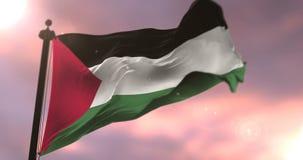 Bandera de Palestina que agita en el viento en la puesta del sol en lento, lazo stock de ilustración