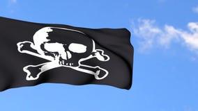 Bandera de pirata en fondo del cielo azul almacen de video