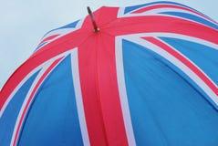 Bandera de Union Jack del paraguas de Reino Unido Fotos de archivo