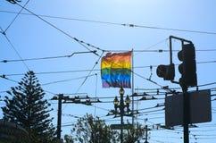 Bandera del arco iris de la señal en el Castro Imágenes de archivo libres de regalías