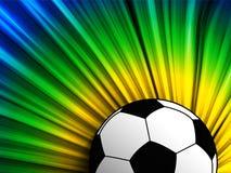 Bandera del Brasil con el fondo del balón de fútbol Foto de archivo libre de regalías