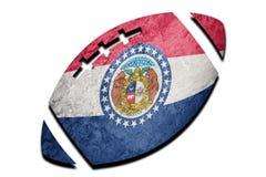 Bandera del estado de Missouri de la bola de rugbi Rugbi b del fondo de la bandera de Missouri foto de archivo