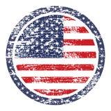 Bandera del grunge de los Estados Unidos de América en sello del botón ilustración del vector
