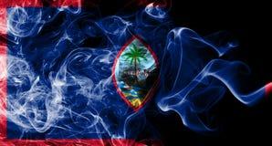 Bandera del humo de Guam, bandera dependiente del territorio de Estados Unidos fotos de archivo libres de regalías
