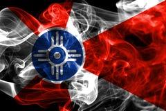 Bandera del humo de la ciudad de Wichita, estado de Kansas, los Estados Unidos de América Imagen de archivo
