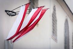 Bandera en la pared del edificio en Viena, Austria Imagen de archivo