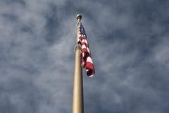 Bandera en poste Fotografía de archivo libre de regalías