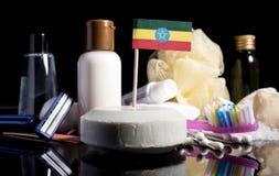 Bandera etíope en el jabón con todos los productos para la gente Imagen de archivo