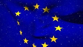 Bandera europea que flota con las nevadas almacen de video