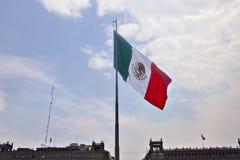 Bandera mexicana Foto de archivo
