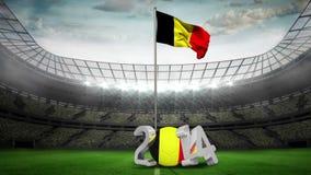 Bandera nacional de Bélgica que agita en estadio de fútbol ilustración del vector