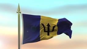 Bandera nacional de Barbados que agitan en el viento contra la cámara lenta del fondo del cielo de la puesta del sol stock de ilustración