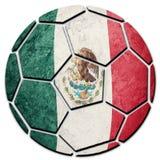 Bandera nacional de México del balón de fútbol Bola mexicana del fútbol imagenes de archivo
