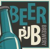 Bandera para el pub y la cervecería de la cerveza con la botella stock de ilustración