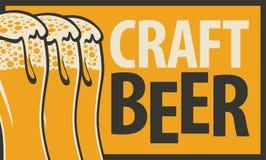 bandera para la cerveza del arte con tres vidrios de cerveza stock de ilustración