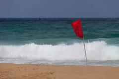 Bandera roja ninguna natación Imágenes de archivo libres de regalías
