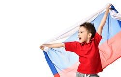 Bandera rusa nacional del control del patriota del muchacho del deporte de la fan que celebra el espacio de risa sonriente feliz  Imagen de archivo