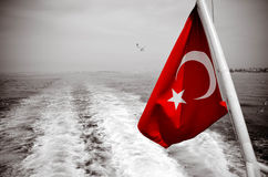 Bandera turca del barco Imagen de archivo libre de regalías