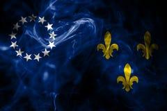 Bandera vieja del humo de la ciudad de Louisville, estado de Kentucky, Estados Unidos de ilustración del vector