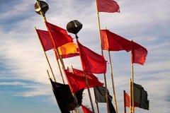 Banderas coloridas de un barco de pesca Imagenes de archivo