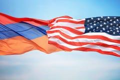 Banderas de los E.E.U.U. y de la Armenia fotografía de archivo libre de regalías