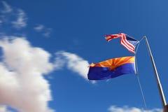Banderas de los Estados Unidos y del Navajo Imágenes de archivo libres de regalías