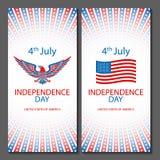 Banderas de los fondos del 4 de julio con la bandera americana Vector dibujado mano del diseño del bosquejo del Día de la Indepen Fotografía de archivo