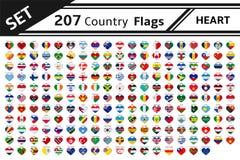 207 banderas de país con forma del corazón Foto de archivo