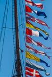 Banderas de señal coloridas marítimas fotos de archivo libres de regalías