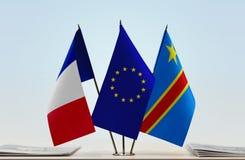 Banderas de UE y del Manual del Transportista de República Democrática del Congo, DROC, Congo-Kinshasa de Francia imágenes de archivo libres de regalías
