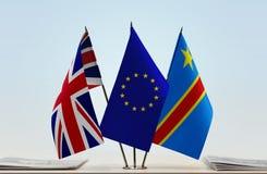 Banderas de UE y del Manual del Transportista de República Democrática del Congo, DROC, Congo-Kinshasa de Gran Bretaña foto de archivo